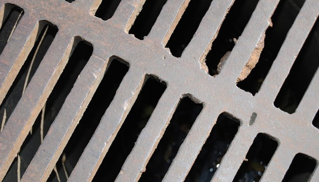 sump-cover-217259_640